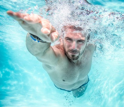 Conoce los beneficios de nadar a diario